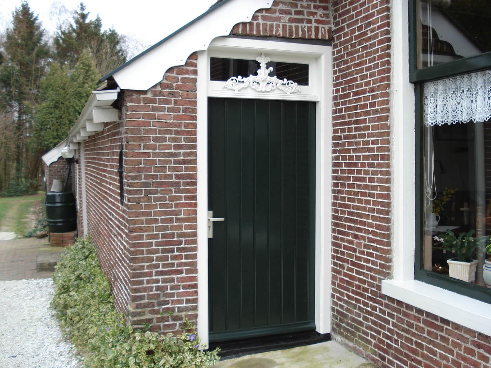 Nieuwe deur in boerderij